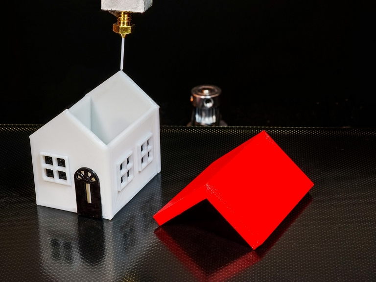 家を出力  3Dプリンターで建造物を造る時代の到来